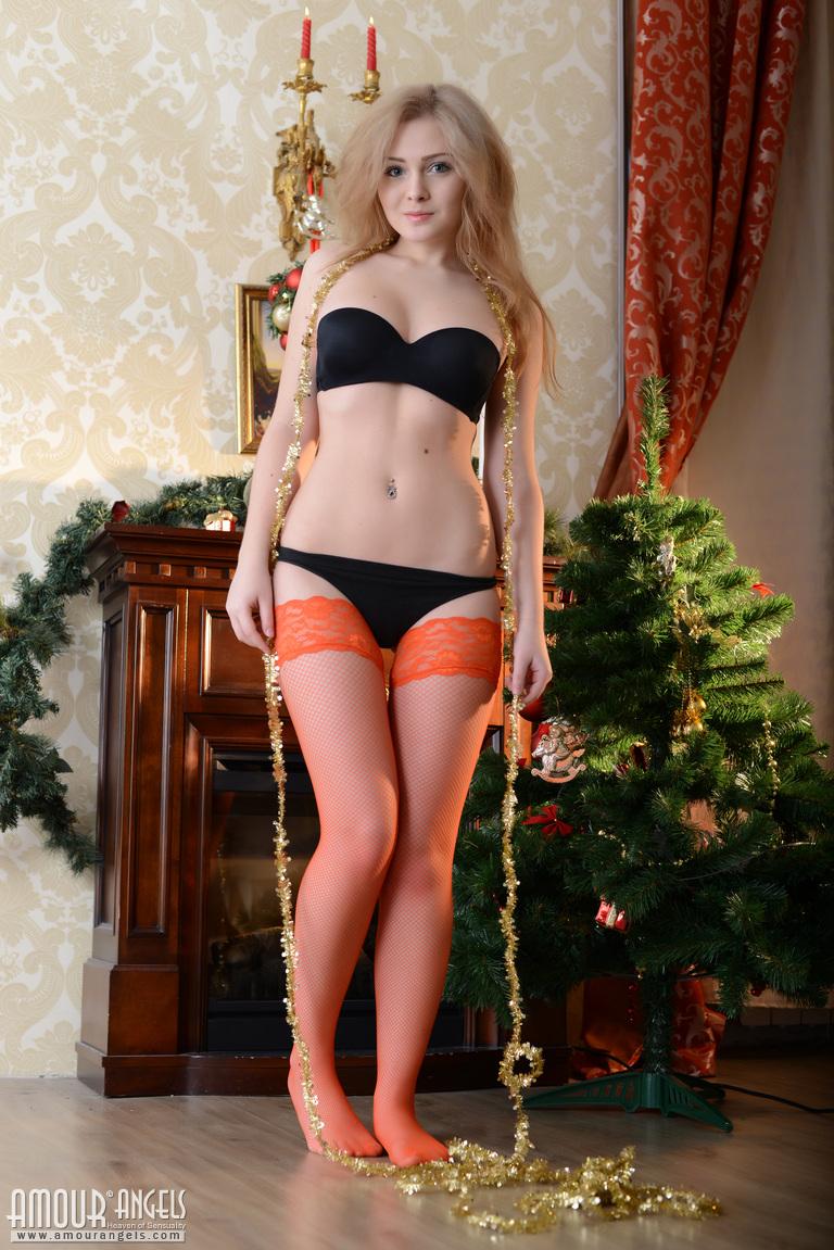 Valentina elizabeth naked pussy