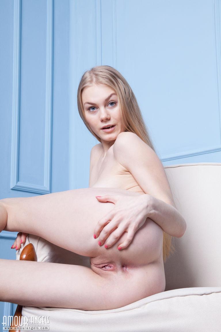Nude yoga xxx
