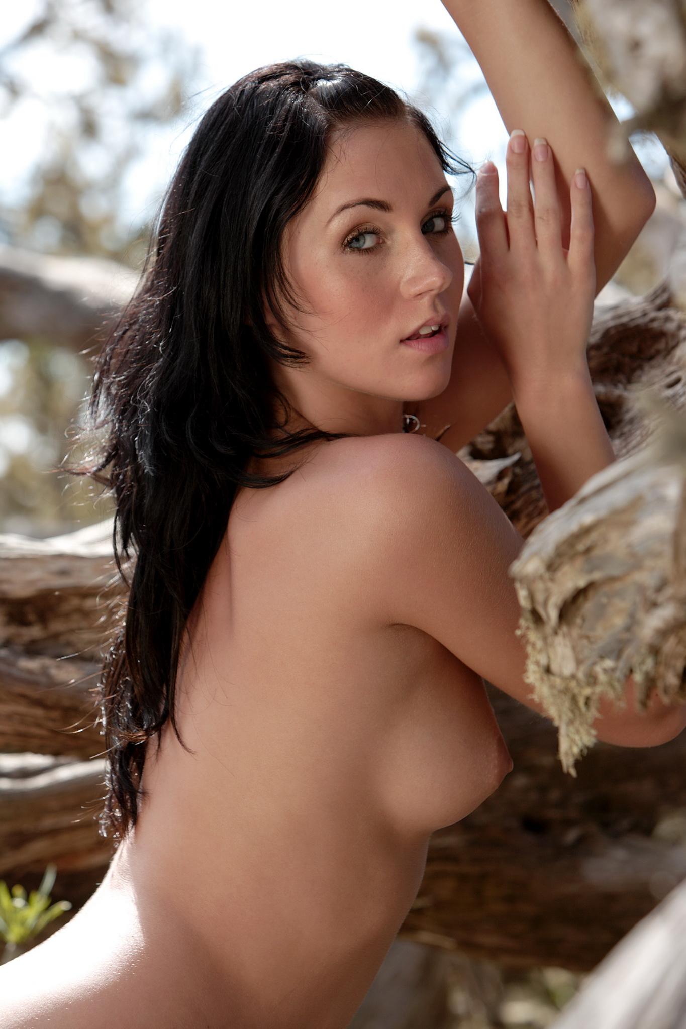 Naked pics of females