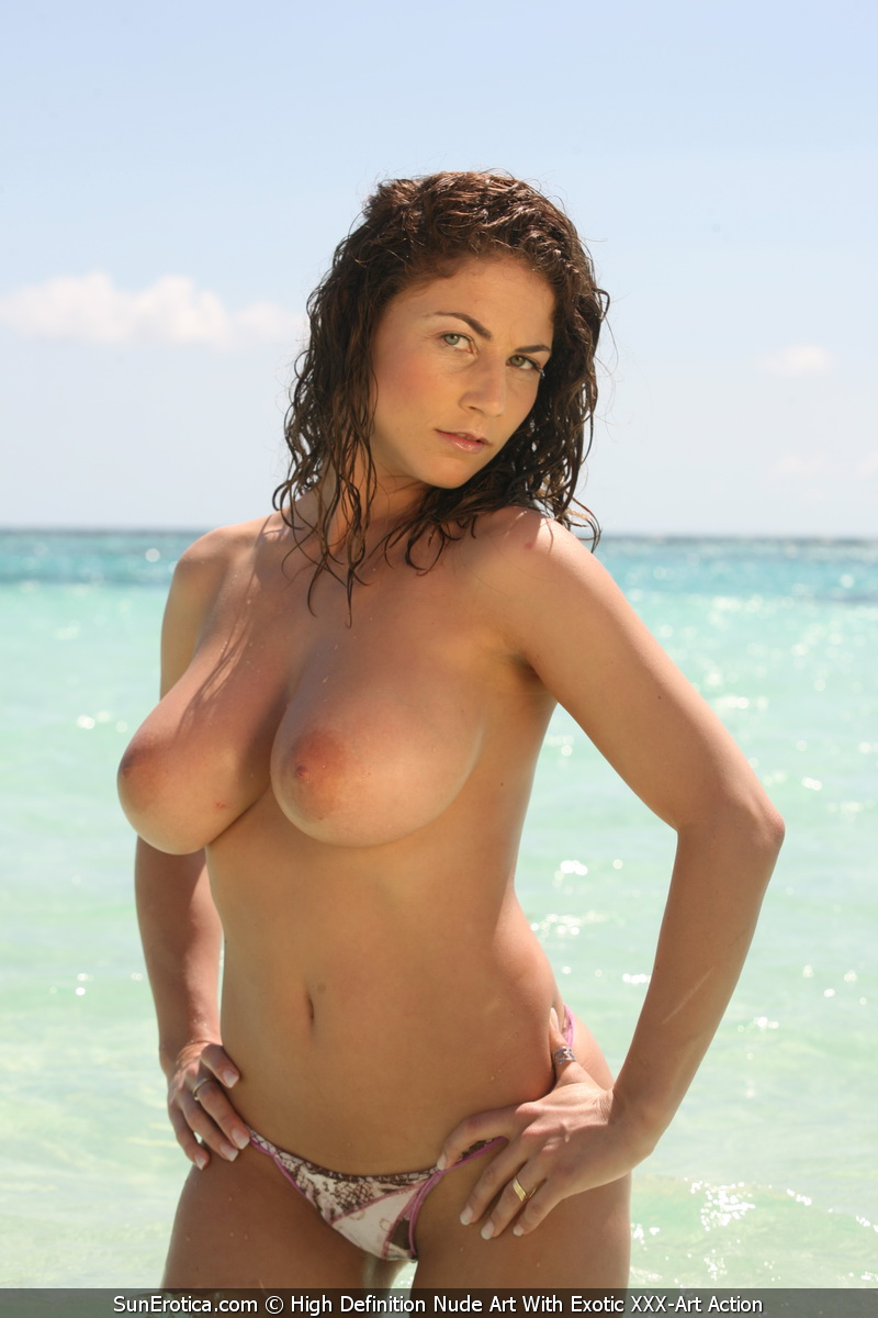Pics naomi pics nude campbell sexy