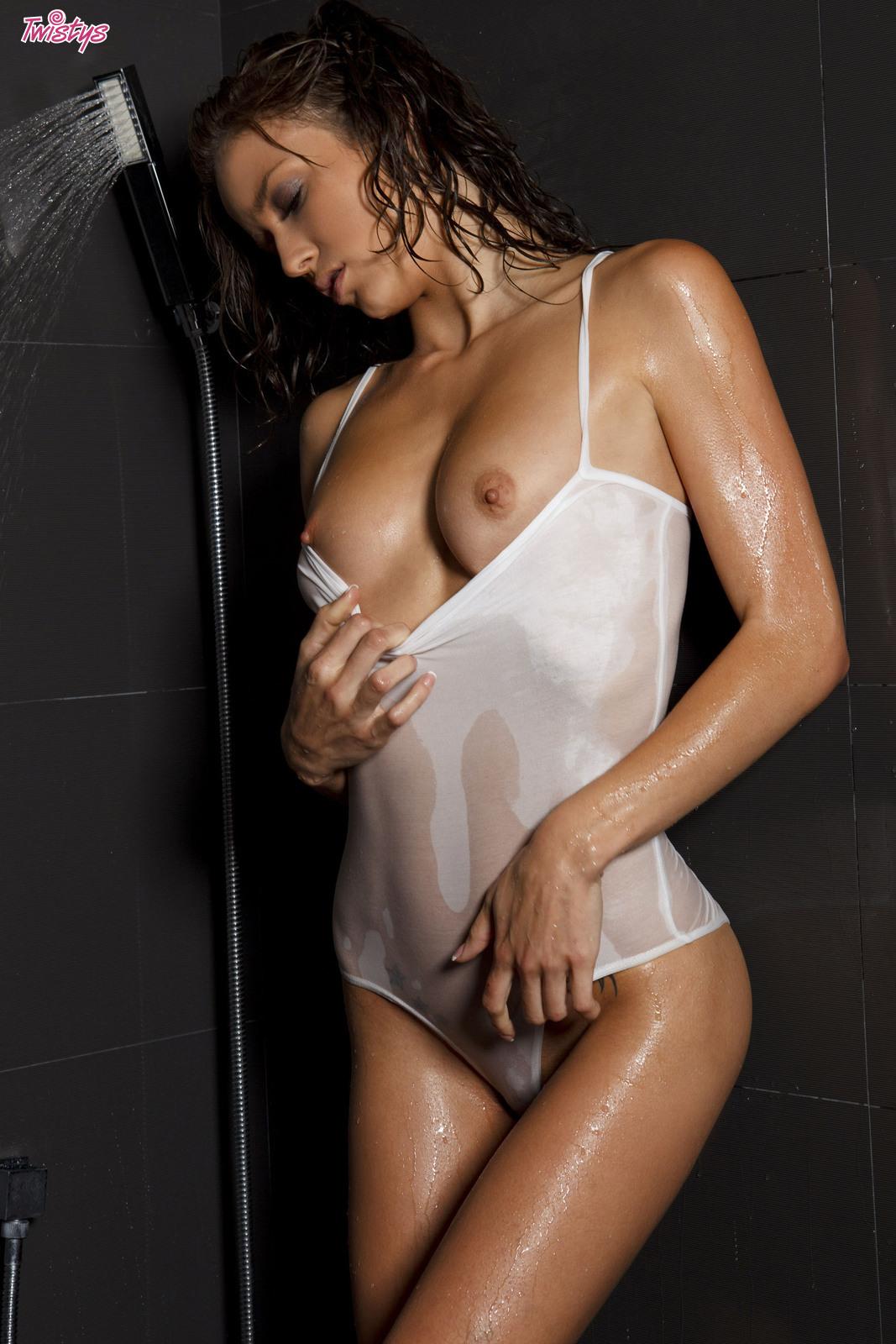 Morgan lesbian shower malena