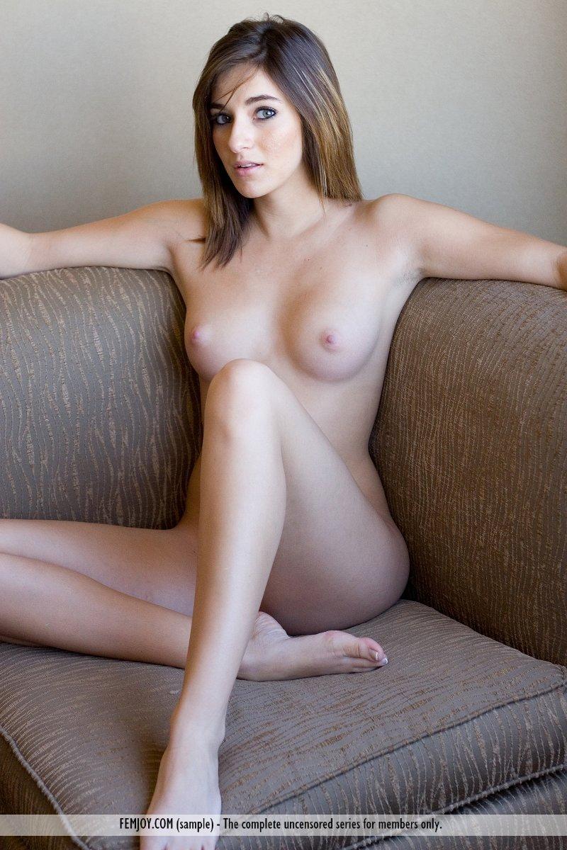 Marianna femjoy nude pussy