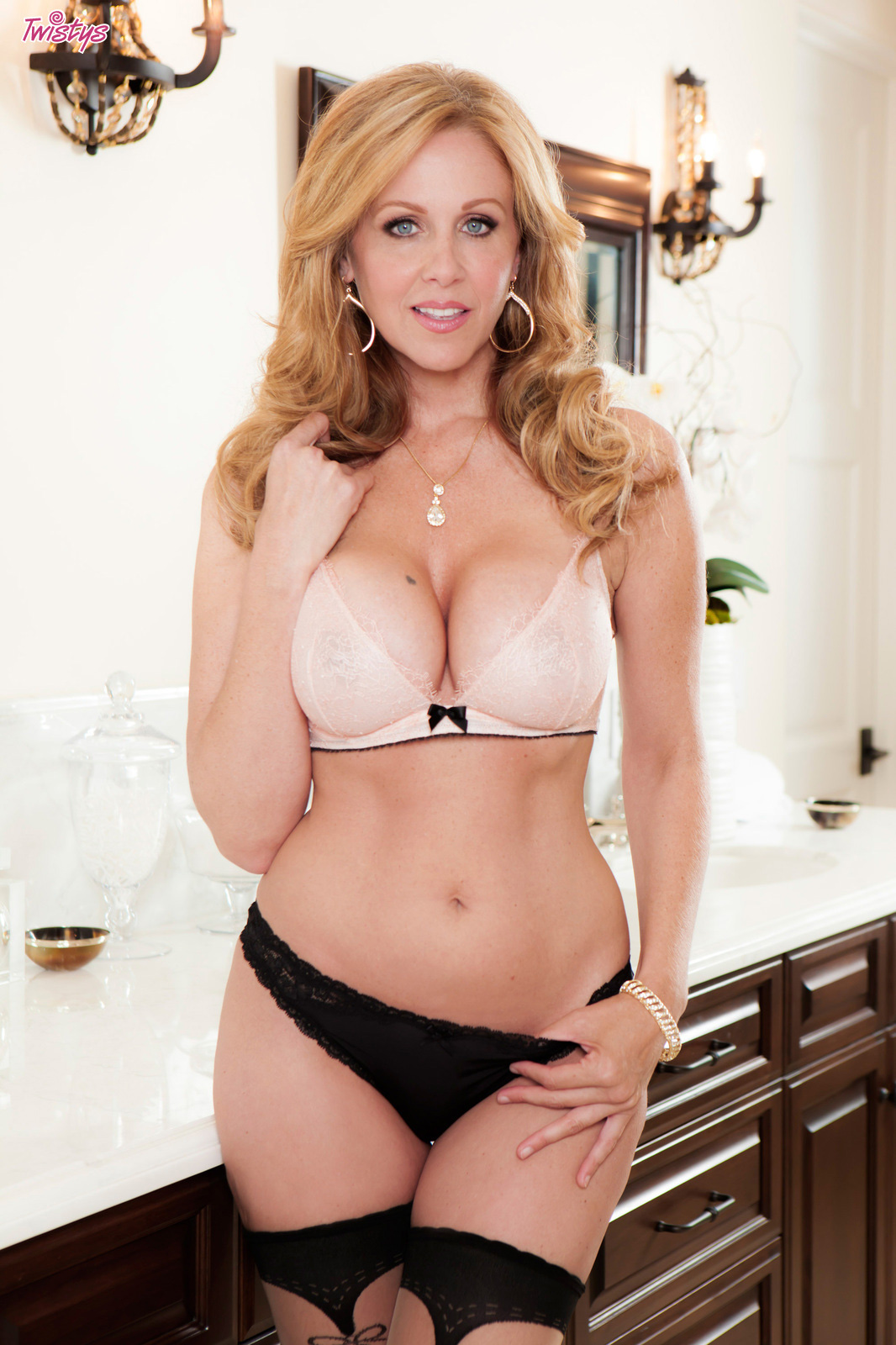 Julia nude busty